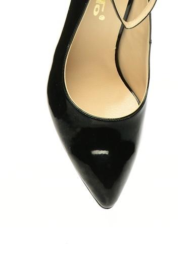 Punto Ayakkabı Ten